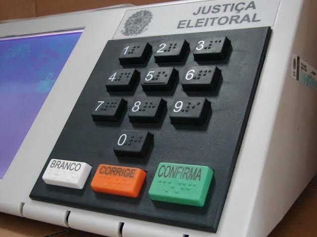 Senado aprova PEC que adia para novembro eleições municipais deste ano