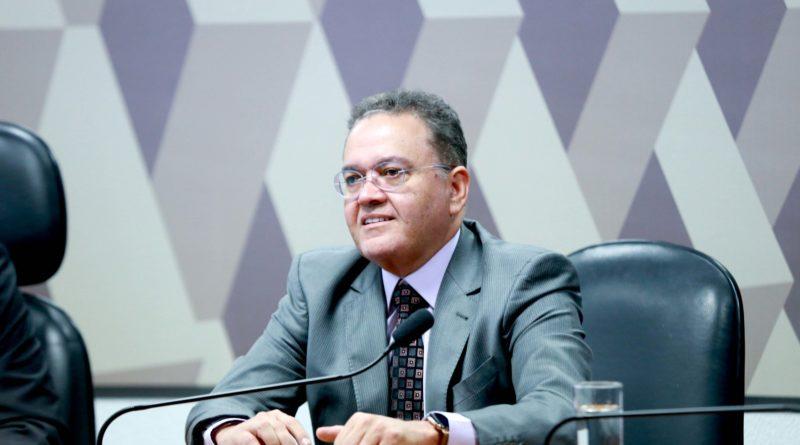 Estradas vicinais de João Lisboa são recuperadas com emenda de Roberto Rocha