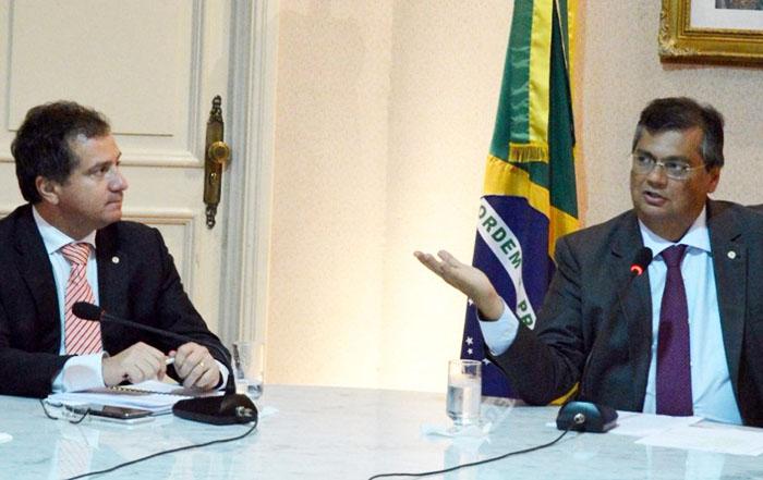 Simplício Araújo deveria cobrar de Dino o que cobra de Bolsonaro