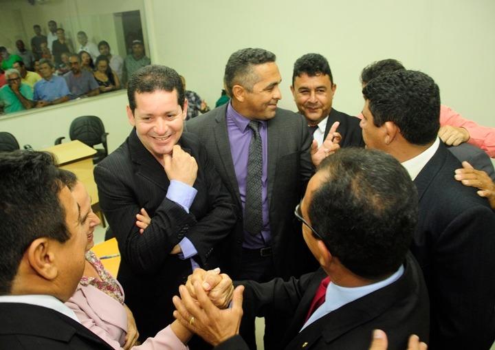 Presidente da Câmara de Coroatá quer calar vereadores de oposição