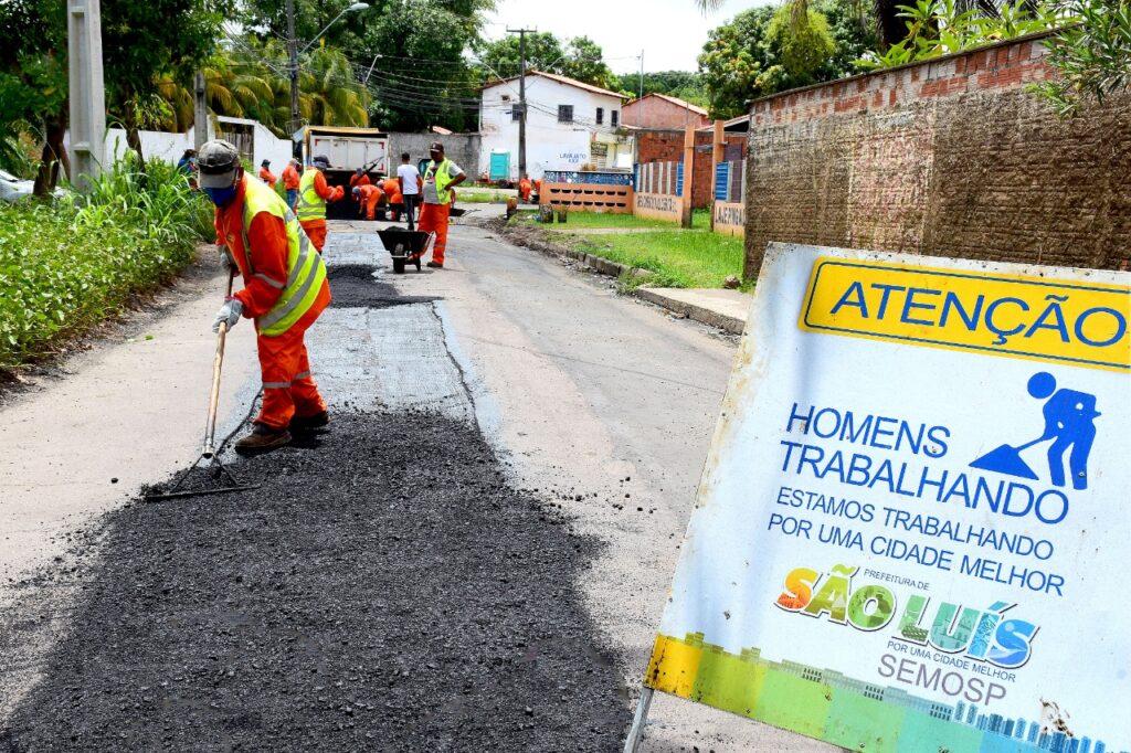 São Luís: Prefeitura trabalha para recuperar pavimentação de ruas e avenidas da capital