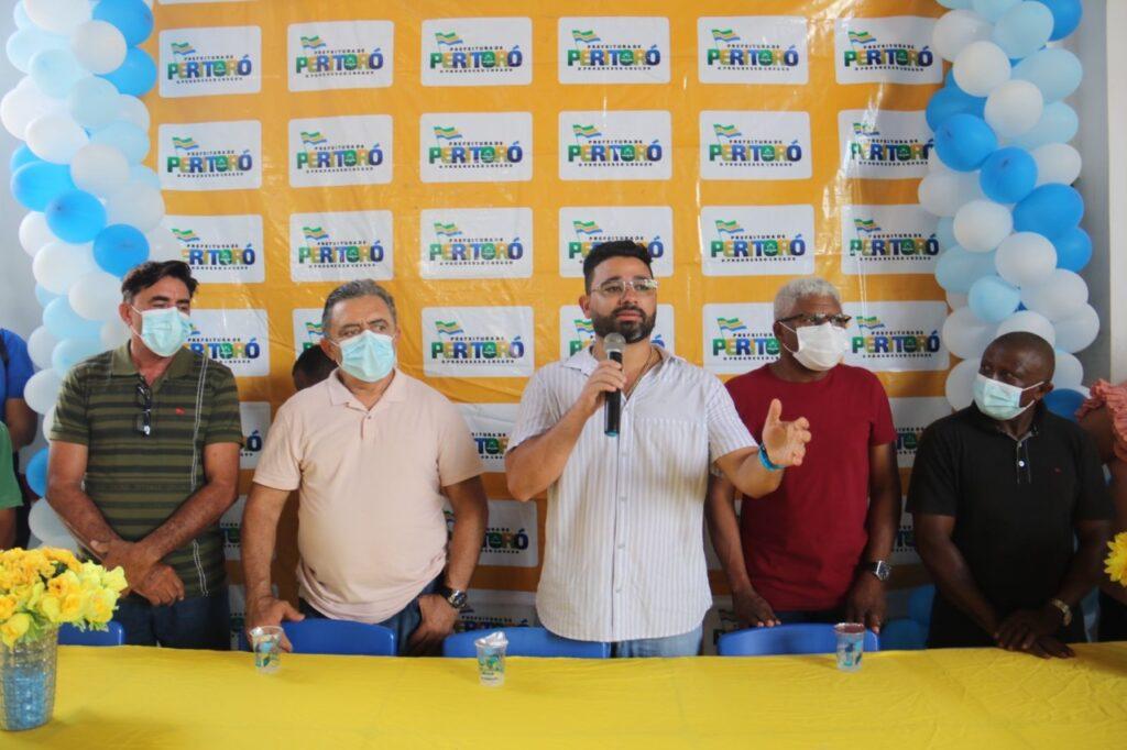 Peritoró: Programa Maranhão Quilombola e prefeito Dr. Júnior entregam campo agrícola