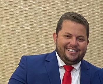 Vitória do Mearim: empresário denuncia irregularidades na contratação de empresa de internet