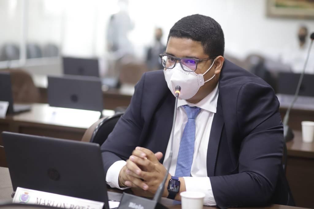 Vereador Marlon Botão se manifesta sobre greve no sistema de transporte coletivo